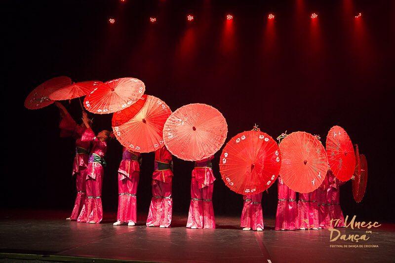 Balé fomenta cultura e arte