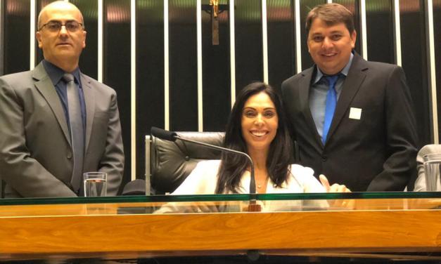 Comitiva de Praia Grande vai a Brasília