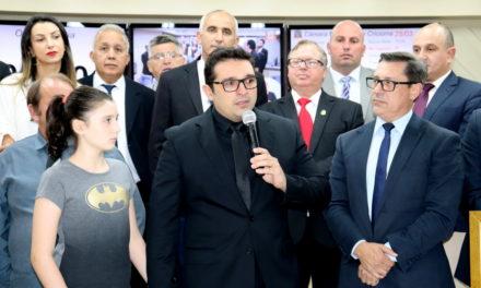 O Batman do Brasil e sua história de superação