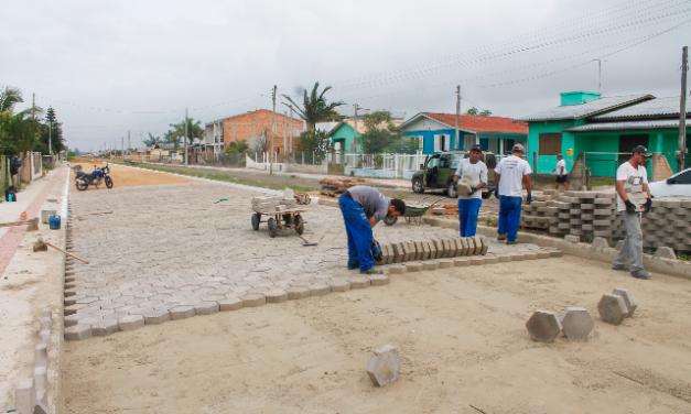 As obras avançam em Balneário Gaivota