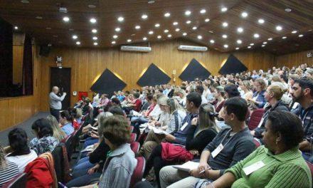 Missão é tema de estudo para padres e leigos na Diocese de Criciúma