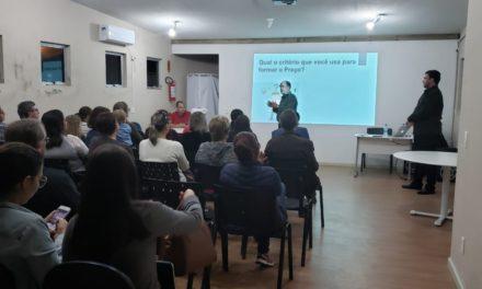 Prefeitura e Credisol promovem palestra aos empreendedores do município