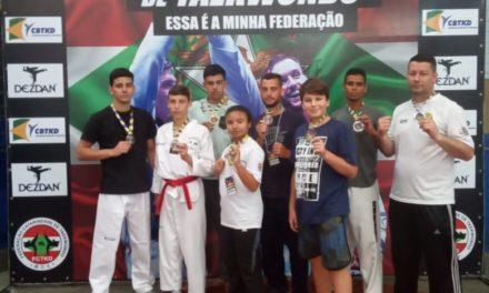 Equipe de Taekwondo volta com oito medalhas para Balneário Gaivota