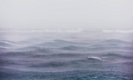 A Marinha do Brasil lança um alerta sobre ventos e mar agitado no litoral sul de Santa Catarina e norte Gaúcho.