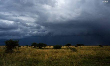Tempo não firma e semana será marcada por chuvas e temporais