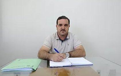 Através de carta ao prefeito Nelson, Almides anuncia saída do PSD