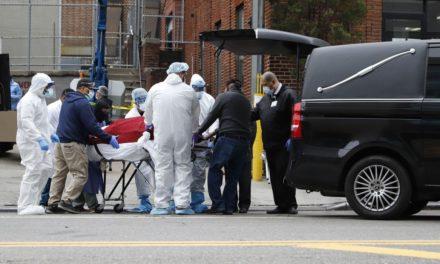 Brasil chega a 45,7 mil casos de Covid-19, com 2.906 mortes