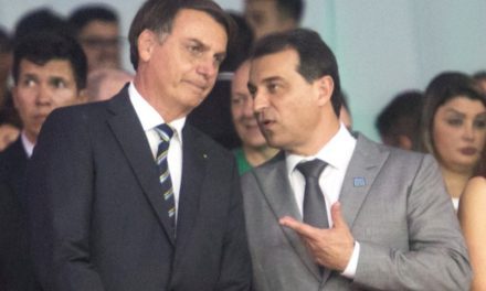 Bolsonaro confirma vinda a SC neste sábado