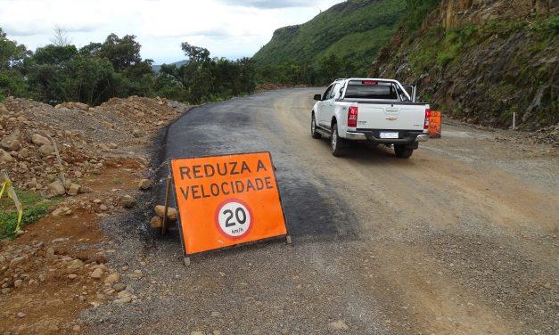 Tráfego na Serra da Rocinha será liberado das 18h às 6h a partir de maio