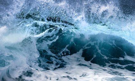 Alerta de mar agitado e ressaca no Sul