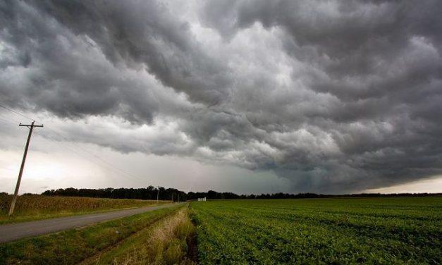 Quinta-feira com a presença da chuva e risco de temporais no Sul de SC