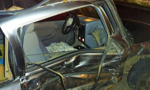 Colisão entre dois automóveis deixa dois feridos em Sombrio