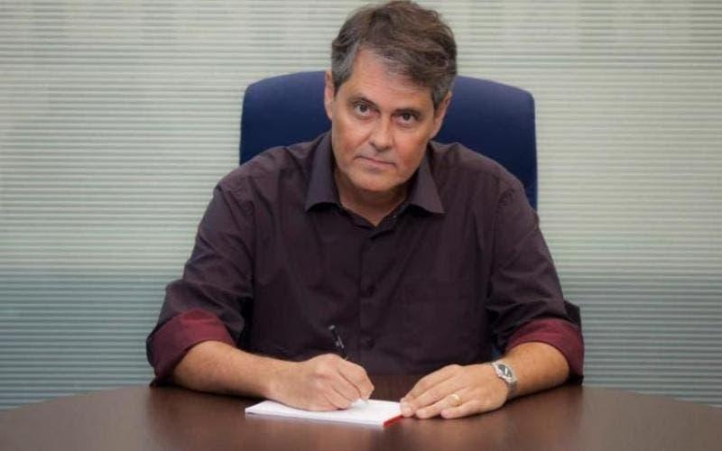 Secretário de Saúde admite que há fila para testes de Covid-19