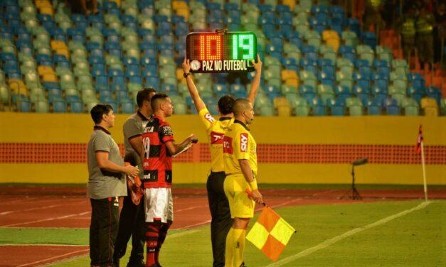 Fifa autoriza que clubes façam cinco substituições na partida