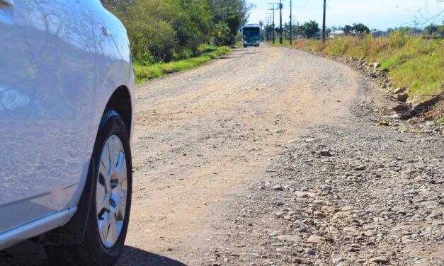 Prefeitura entrega ordem de serviço para início da pavimentação da primeira etapa da Barra do Pinheirinho