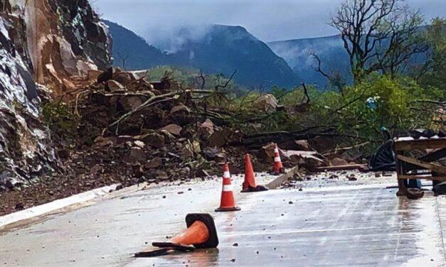 Serra da Rocinha volta a registrar quedas de barreiras