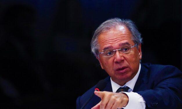 Ideia de congelar aposentadorias para custear Renda Brasil recebe críticas de senadores