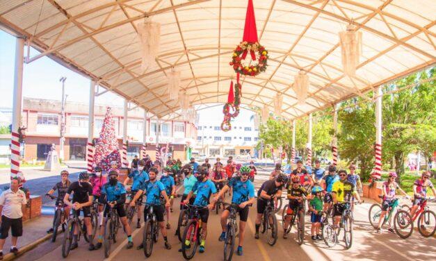 Grupo de ciclistas Ases da Montanha promoveu pedal beneficente em Jacinto Machado