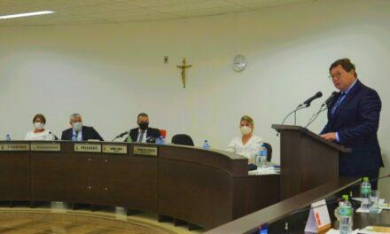 Transparência e comprometimento marcam posse em Turvo