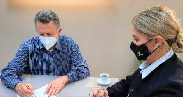 Unesc colabora com acondicionamento das vacinas da Pfizer em Criciúma