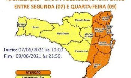 Defesa Civil deixa Estado em alerta por conta de chuva intensa nas próximas horas