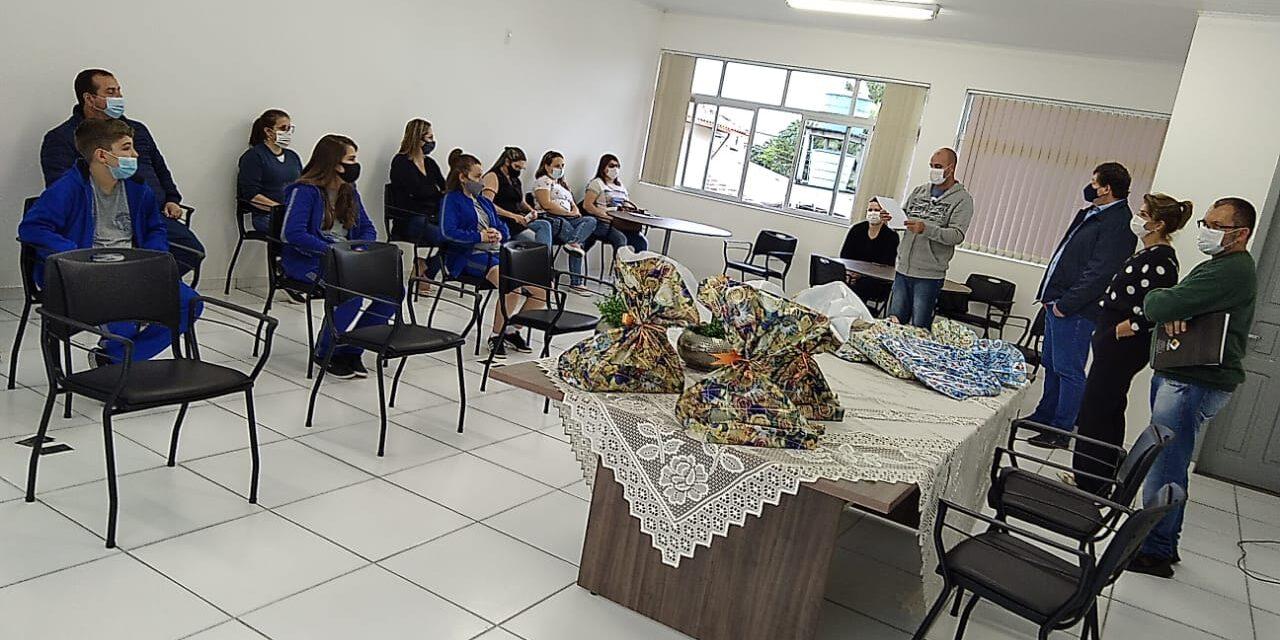 Turvo entrega premiação da 7ª Olimpíada de Língua Portuguesa